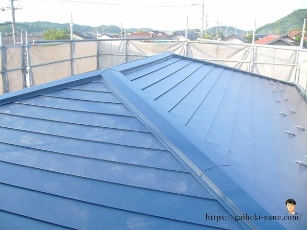 完成した2階屋根カバー工法