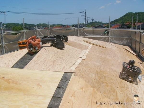 屋根カバー工法の下処理をしてわかったこと