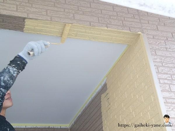 1階外壁の中塗り&仕上塗り(前半)