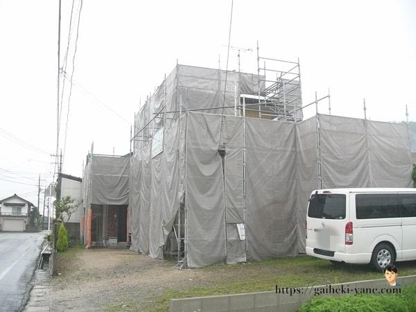 6月19日:1階部分の養生&水切り塗装