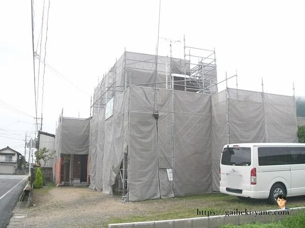 6月16日:2階外壁&軒天下塗り