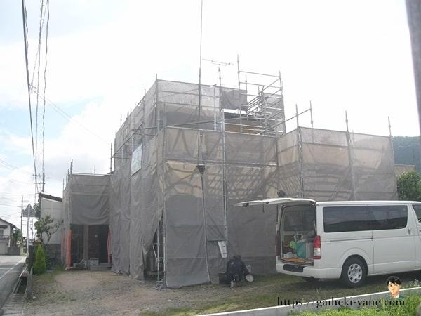 6月20日:水切り仕上げ塗装&1階外壁下塗り