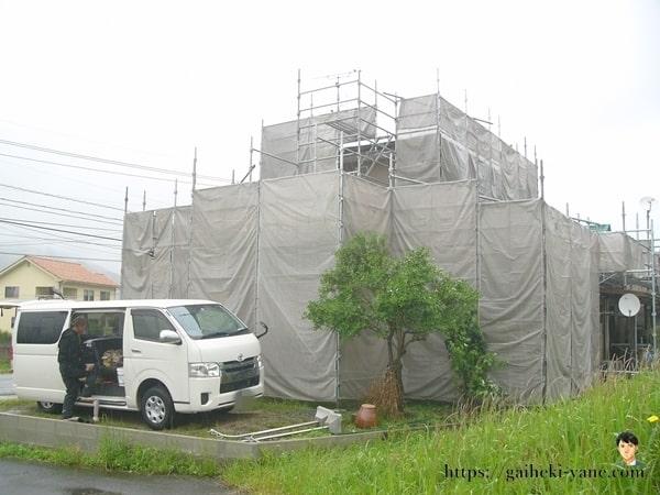 6月4日:外壁塗装前の高圧洗浄工程