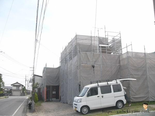 6月7日:外壁塗装前の下地処理(補修作業)