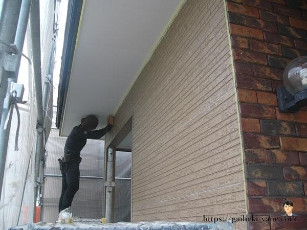 1階外壁の中塗り&仕上塗り